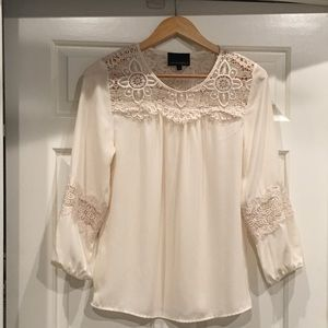 Blouse/beautiful lace detailing.